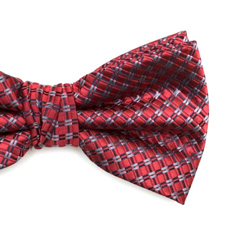 Gravata-borboleta-com-desenhos-geometricos-em-poliester-Vermelha-textura-medium