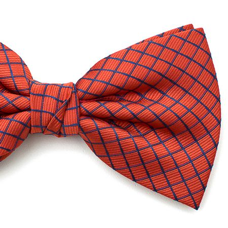 Gravata-borboleta-com-desenho-xadrez-em-poliester-Vermelha-textura-medium-3