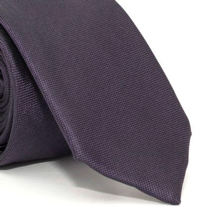 Gravata-Slim-com-desenho-falso-liso-em-seda-pura-Roxo-textura-small