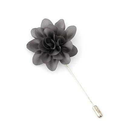 Pino-de-lapela-cinza-em-formato-de-flor-crisantemo