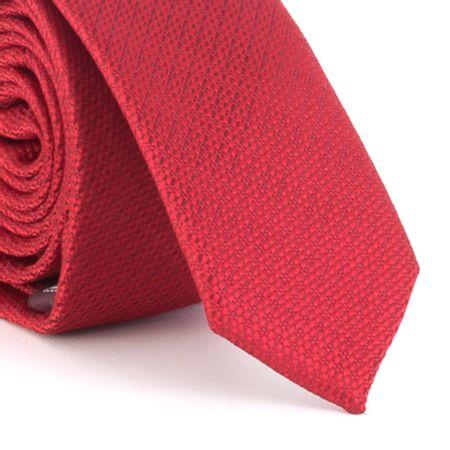 Gravata-Super-Slim-em-poliester-falso-liso-com-micro-textura-vermelho-carmesin