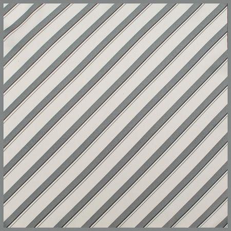 Lenco-de-bolso-com-faixas-geometricas-em-poliester-cinza
