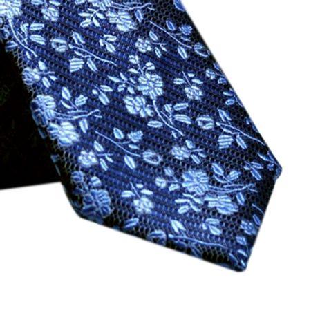 Gravata-Slim-floral-em-poliester-tom-sobre-tom-azul-porcelana1