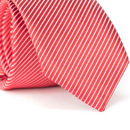 Gravata-Tradicional-em-Poliester-Vermelha-com-Listras-em-Diagonais
