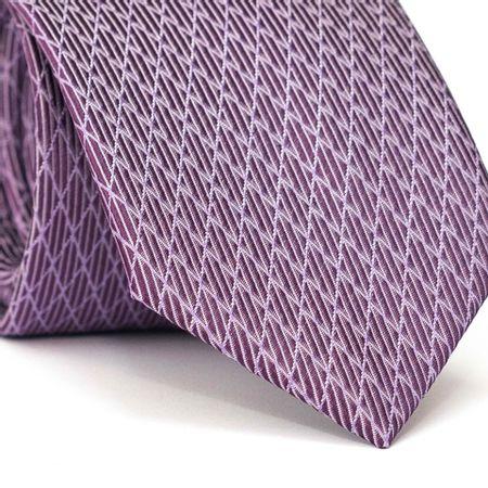 Gravata-Tradicional-em-Poliester-Roxa-com-Listras-Brancas-e-Detalhes-na-Diagonal