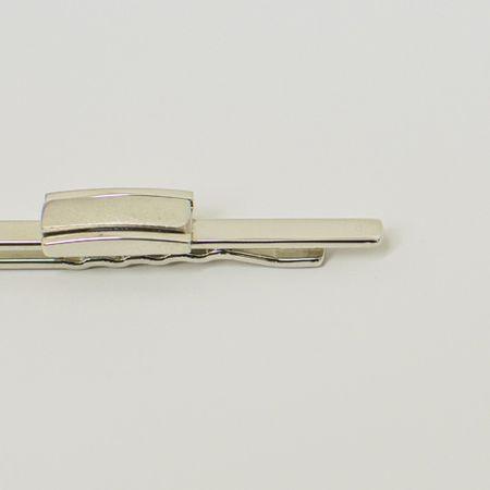 prendedor-de-gravata-prata-com-detalhe-retangular-fosco