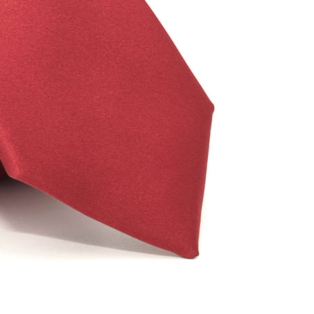 Gravata-lisa-em-poliester-basico-Vermelha-textura-2