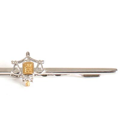 Prendedor-de-gravata-prateado-com-simbolo-do-direito-detalhe-dourado
