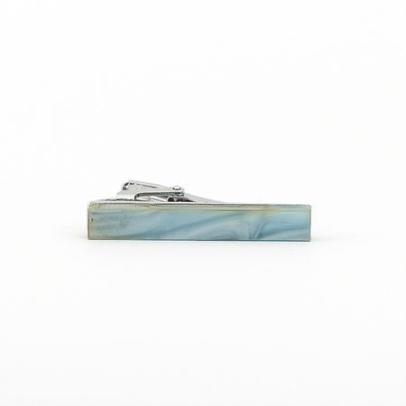 Prendedor-de-gravata-de-pedra-azul-claro-liso-formato-retangular