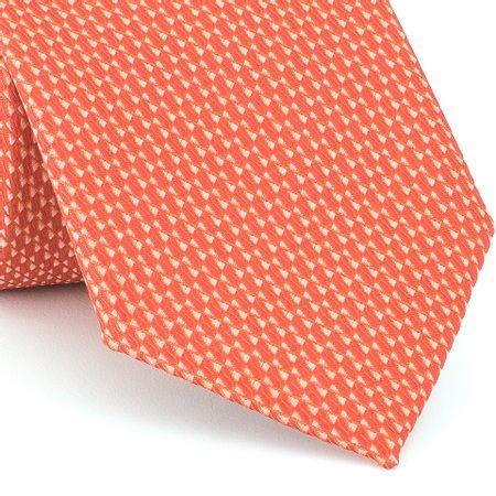 Grava-falso-liso-em-jacquard-de-poliester-laranja-cenoura-com-fundo-branco