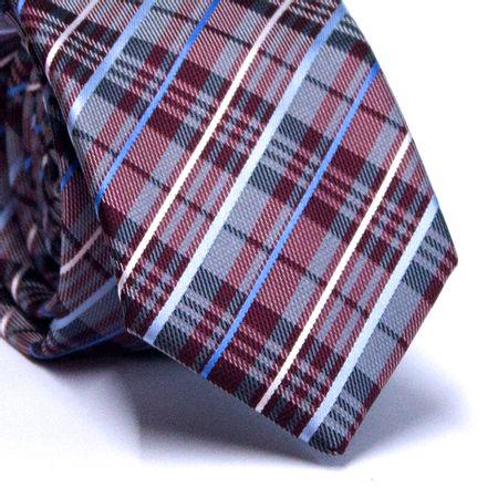 Gravata-Slim-em-Poliester-Xadrez-Cinza-e-Vinho-com-Detalhes-em-Tons-de-Azul